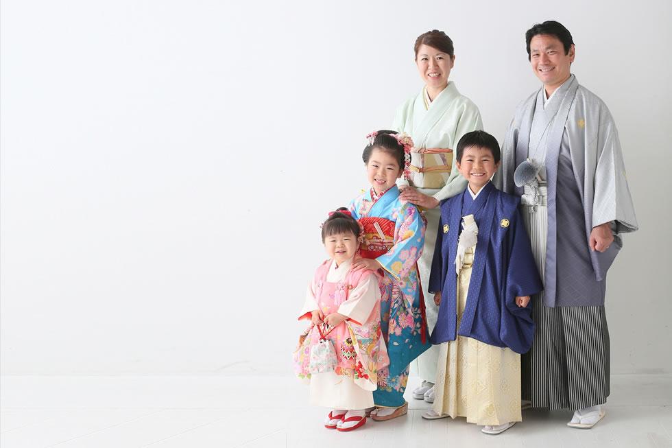 七五三七歳7才着物帯髪飾り袖和衣裳和室5才5歳3才歳袴被布紋付袴訪問着パパママお母さんお父さん